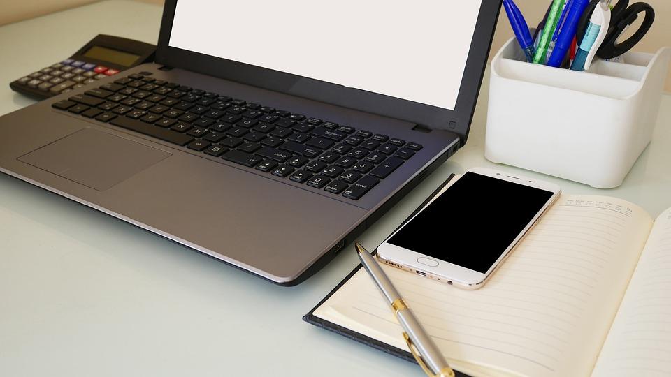 notebook a telefón